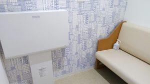 個室の授乳室